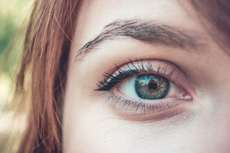genes determine eye color